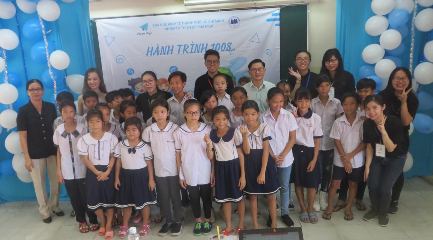 Hanh Trinh 1008 3